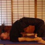 Có 4 bài tập yoga này nam giới không lo xuất tinh sớm