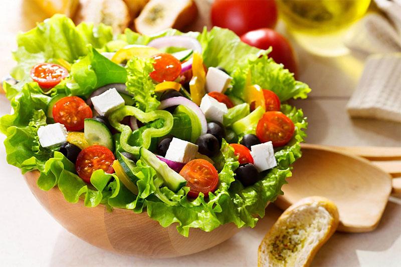 mon-an-cho-nguoi-yeu-sinh-ly-salad